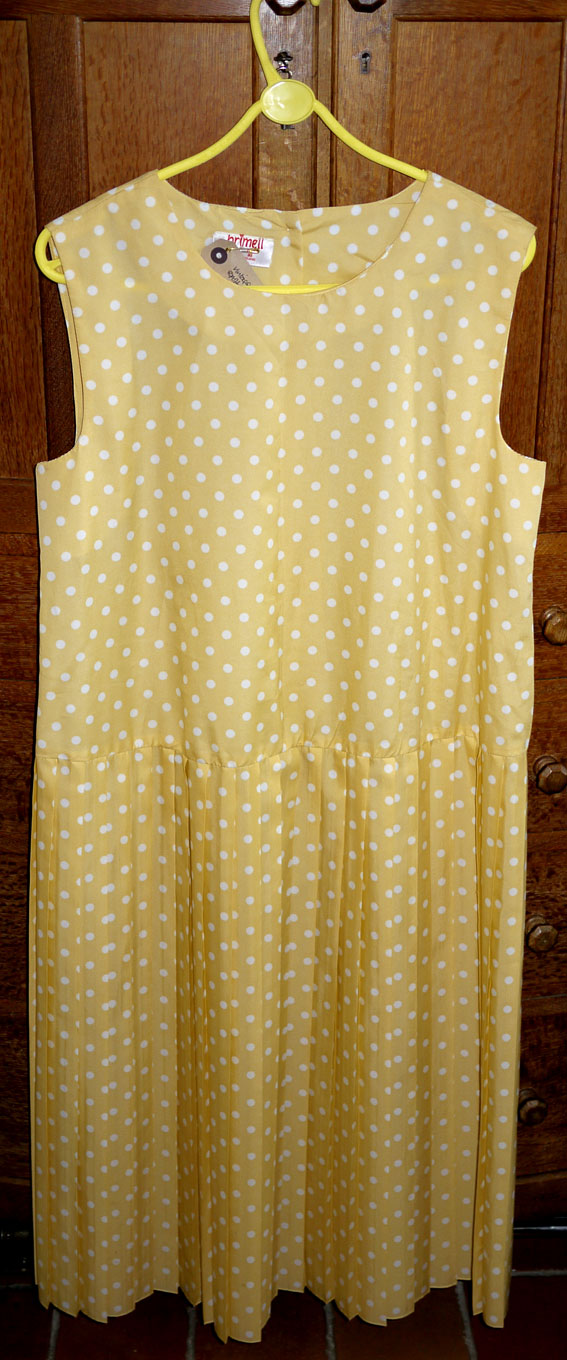 Brimell yellow with white polkadot shift dress
